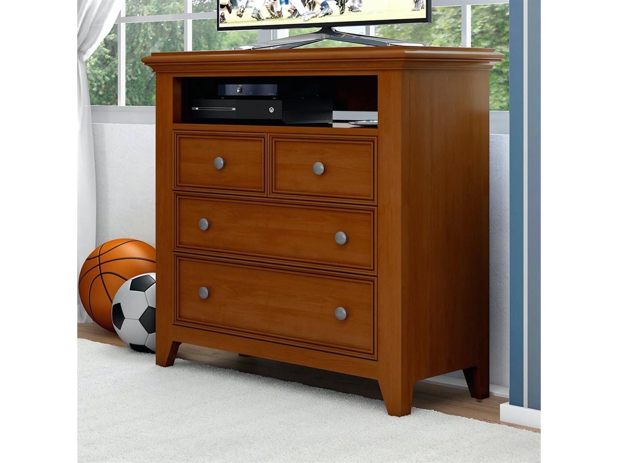 Bedroom Chests and Dressers - Furniture Fair - Cincinnati & Dayton ...