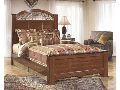 Fairbrooks Estate Bed - Queen Z51813