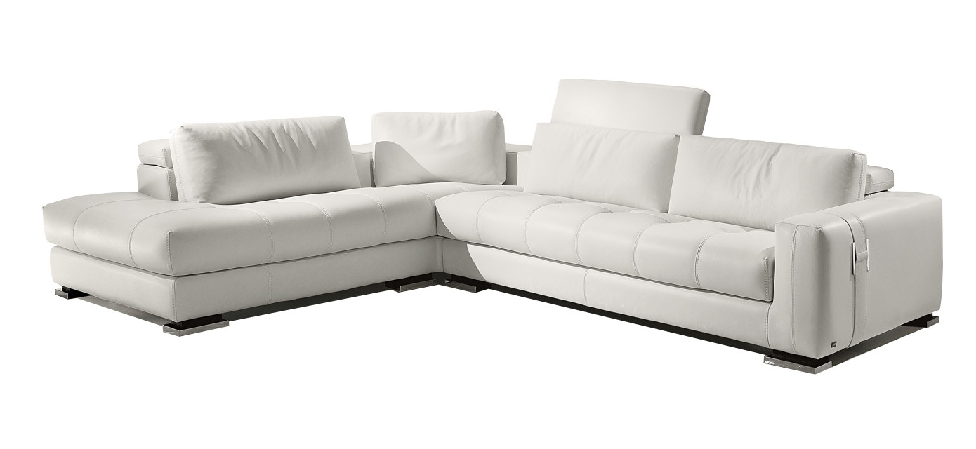 Finesse Modern Herman Sectional By Gamma