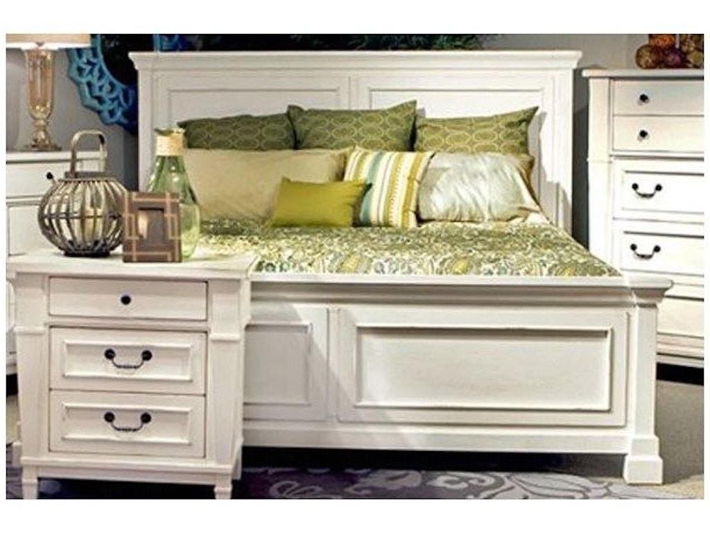 Folio 21 bedroom stoney creek queen bed for Stoney creek bedroom set
