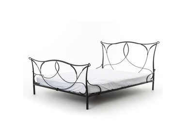 Sienna Iron King Bed