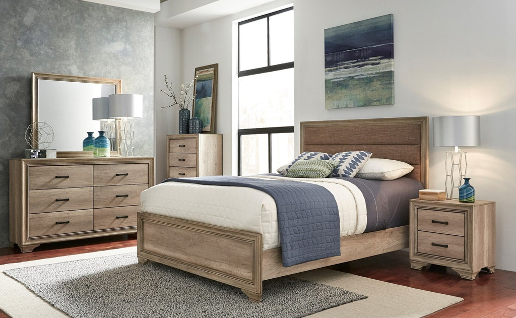 Valley Bed Chest