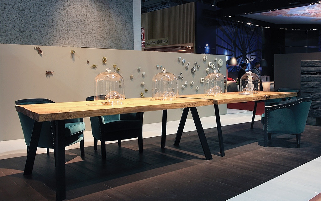 Von Hemert Interiors Italian Imports Mfr: XI102 Dining Table #D174