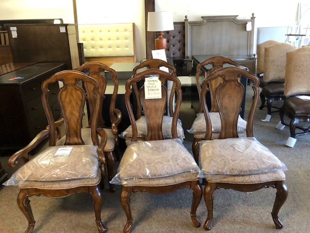 Thomasville Hemingway Dining Room Chairs 2 Arms and 4 Sides Sold as SET  Only MSRP 4424.00 Now 2074.00