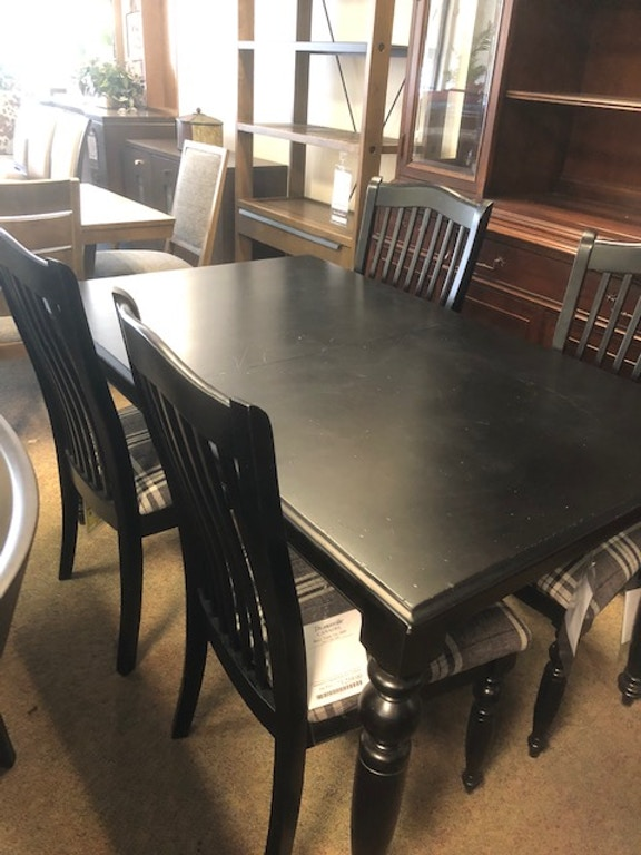 Canadel 5 Piece Dining - Rect Table w/self-storing leaf - 4 Side Chairs -  Black Finish - MSRP: $3549 Rockaway Location