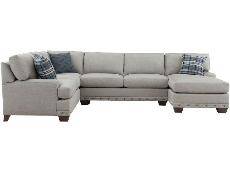 Bassett Sectional With Pillows 742107 09 22