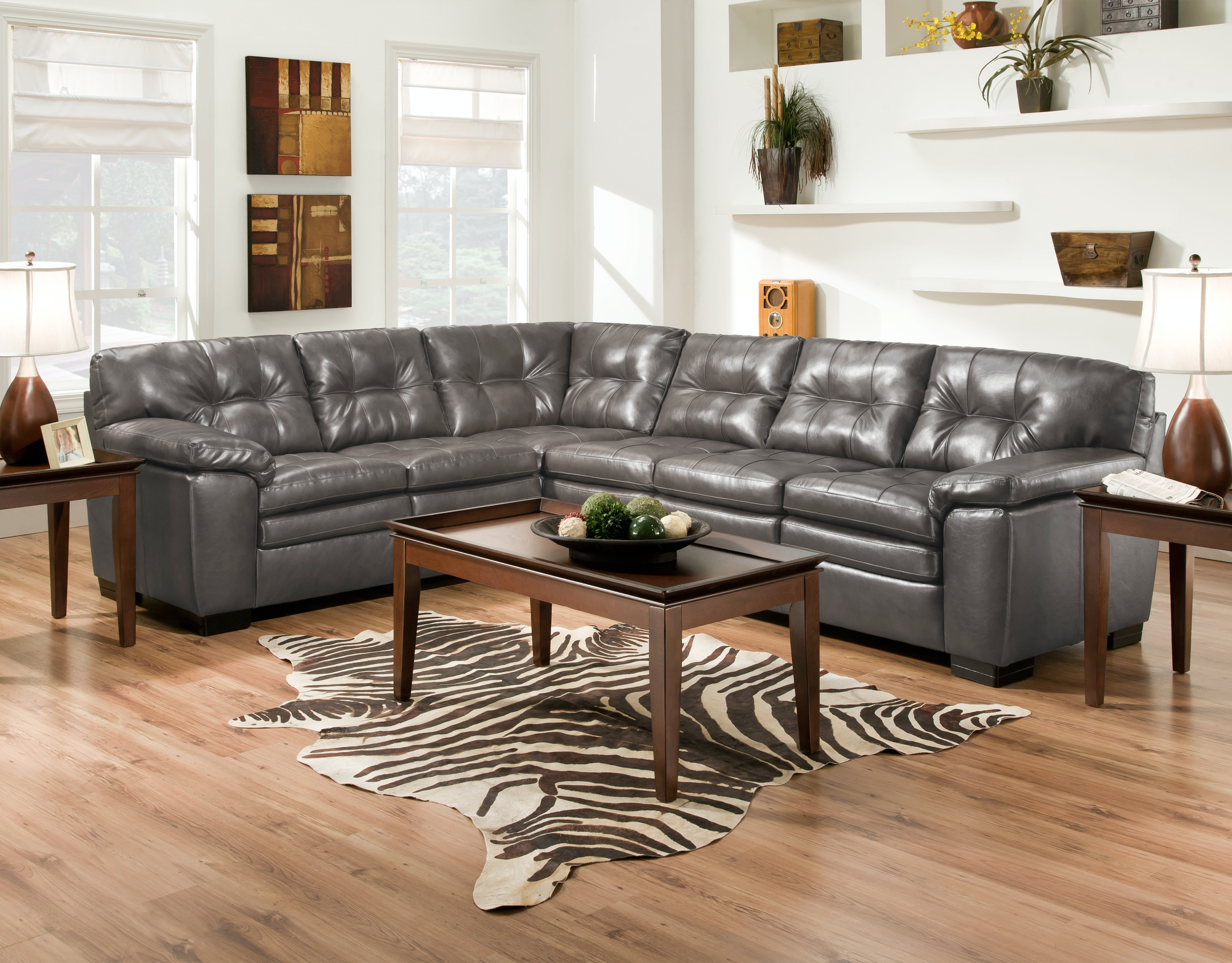 Albany Bonded Leather Sectional 585872/74