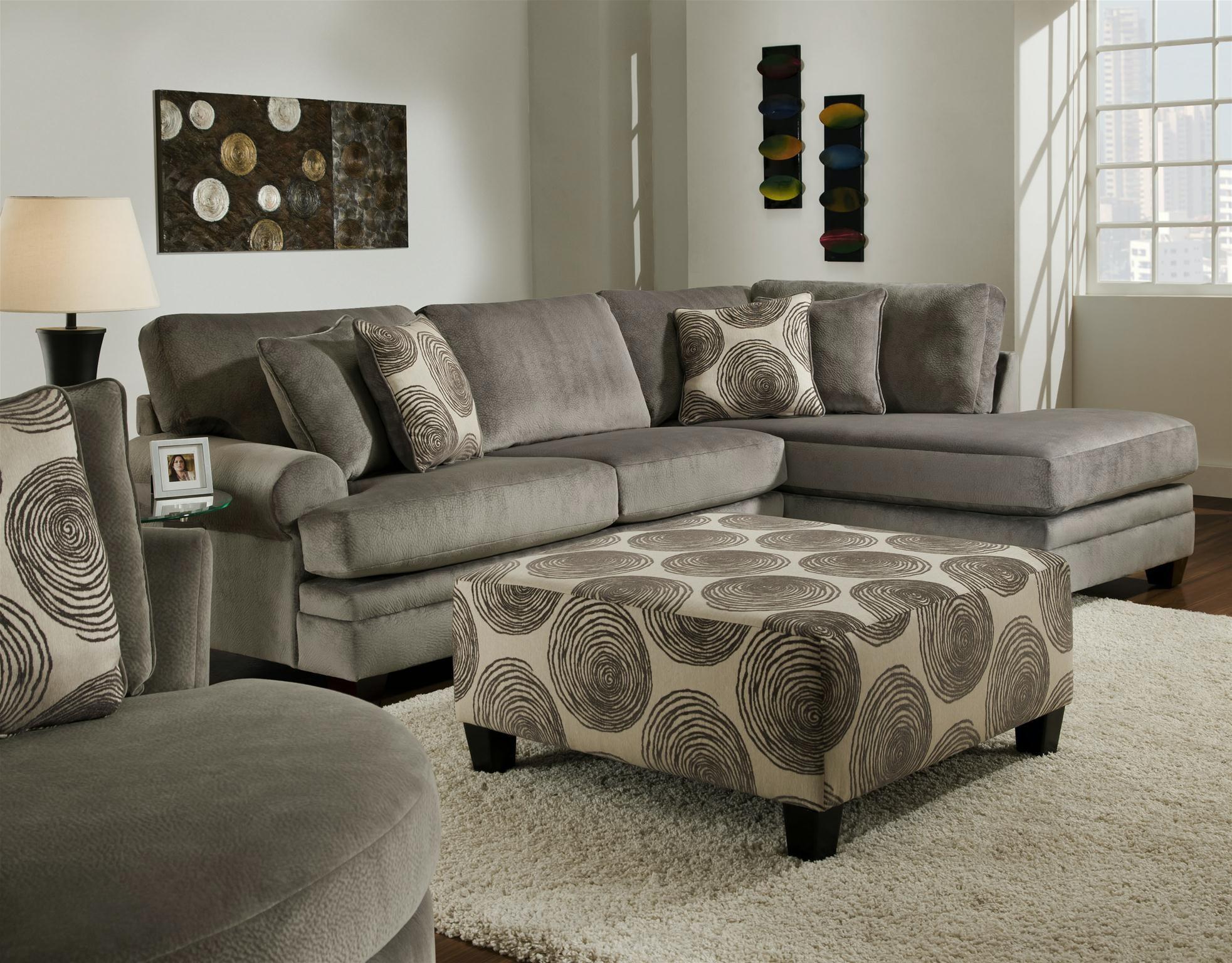 Albany Oversized Swivel Chair 529056