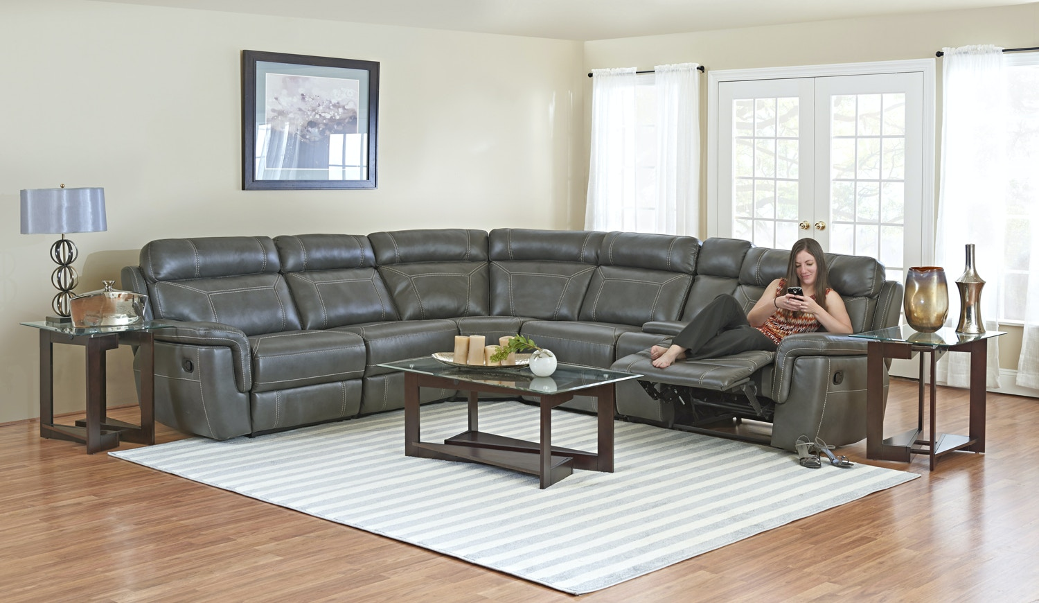 Simple Elegance Sectional With 3 Recliners 579740