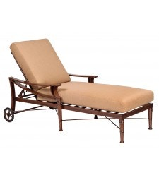 Arkadia Cushion Chaise