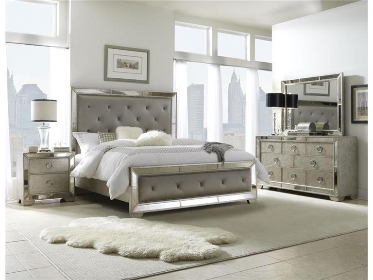 High Quality Pulaski Furniture Includes Headboard, Footboard And Rails 395180 KING BED