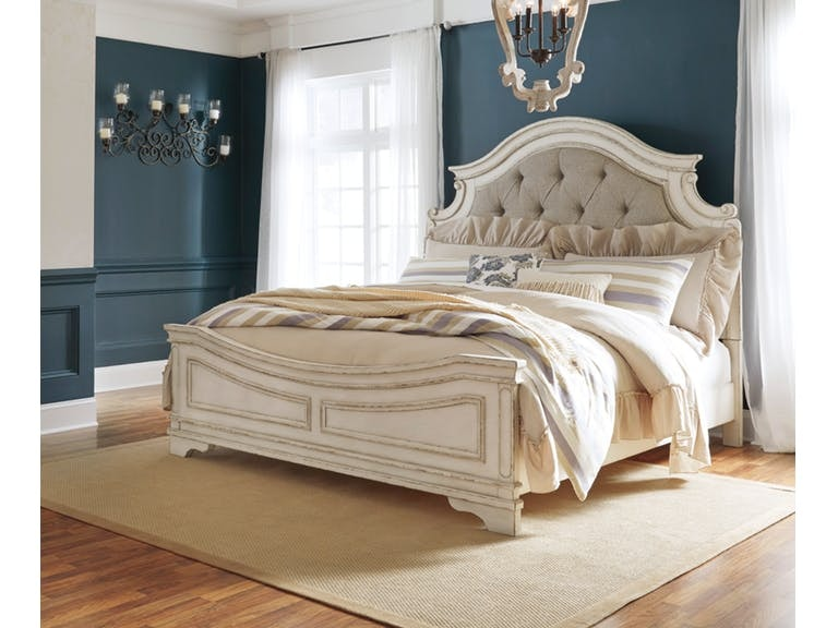 Signature Design By Ashley Bedroom Realyn Queen Bed By Ashley