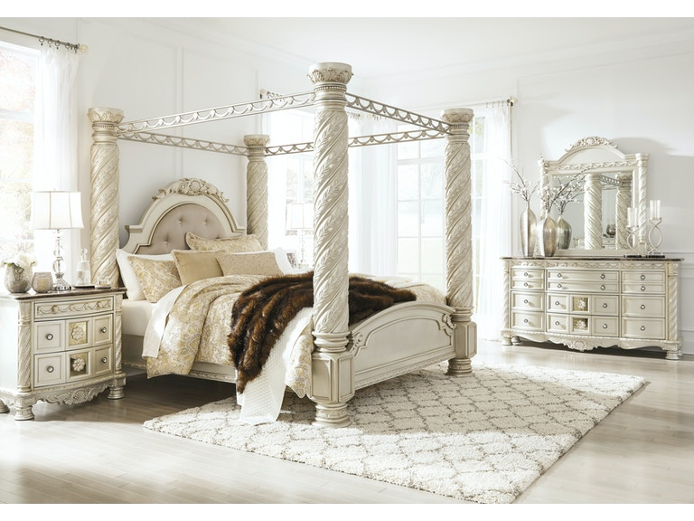Cassimore Pearl Silver 5pc Bedroom Set