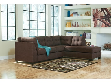 2pc Maier Right Chaise Sectional