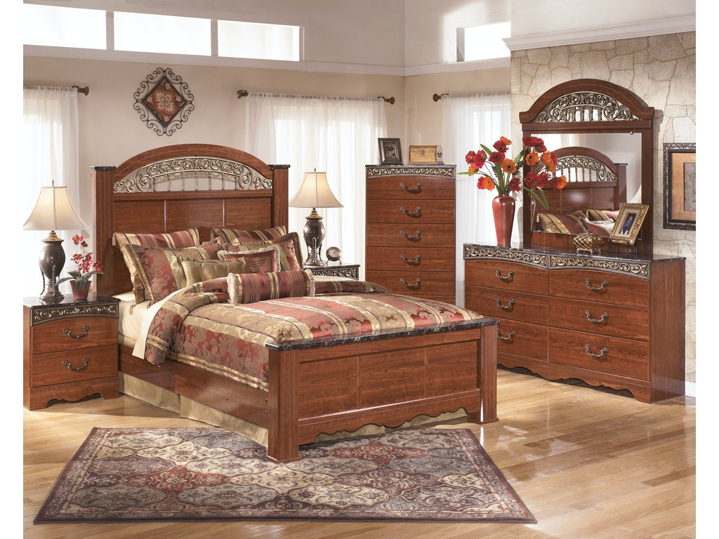 Signature Design By Ashley 5 Pc Fairbrooks Estate Bedroom Fulton Stores Brooklyn Ny
