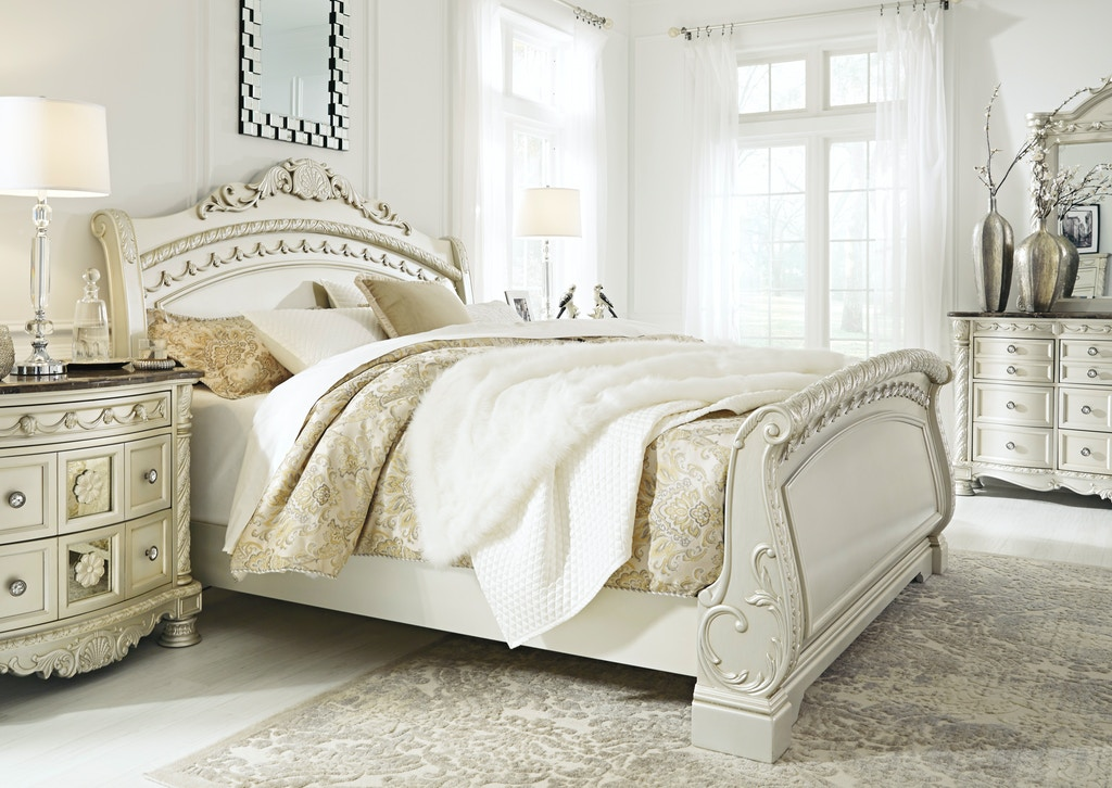 Signature Design By Ashley Bedroom 3pc Cassimore Queen Sleigh Bed Fulton Stores Brooklyn And