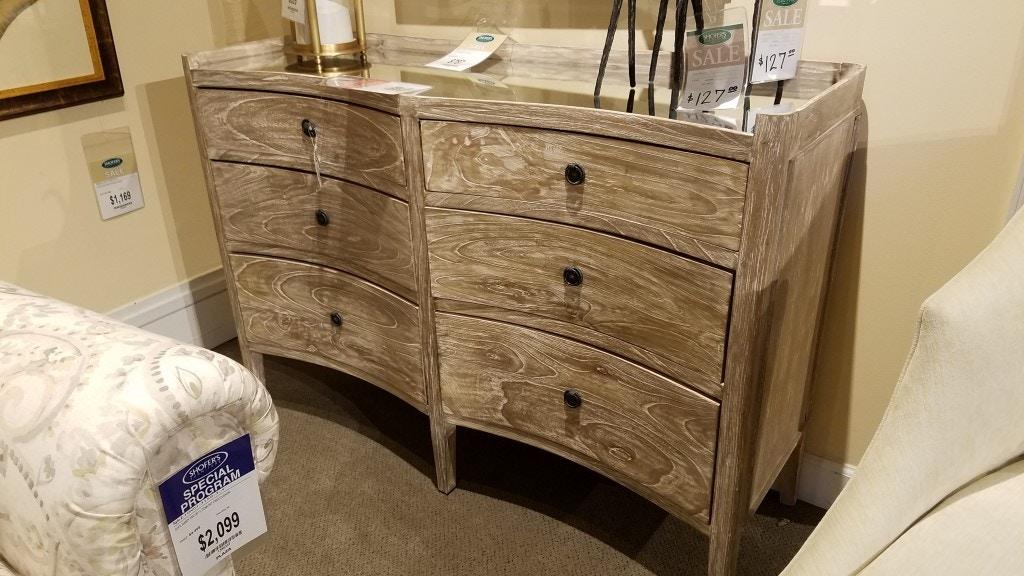 Shoferu0027s Furniture Classics Mirrored Chest 1356502