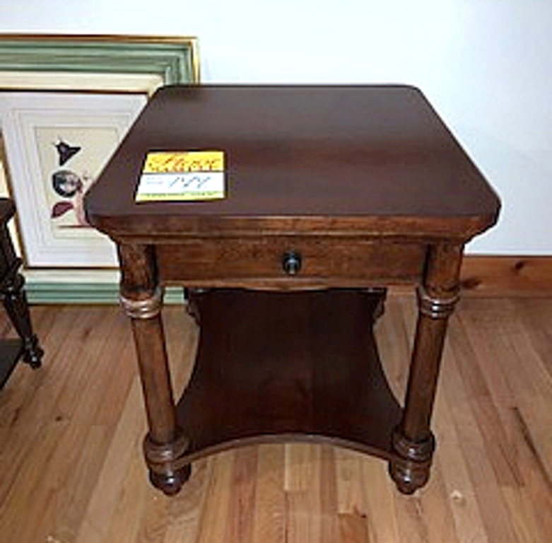 Clearance Bett End Table