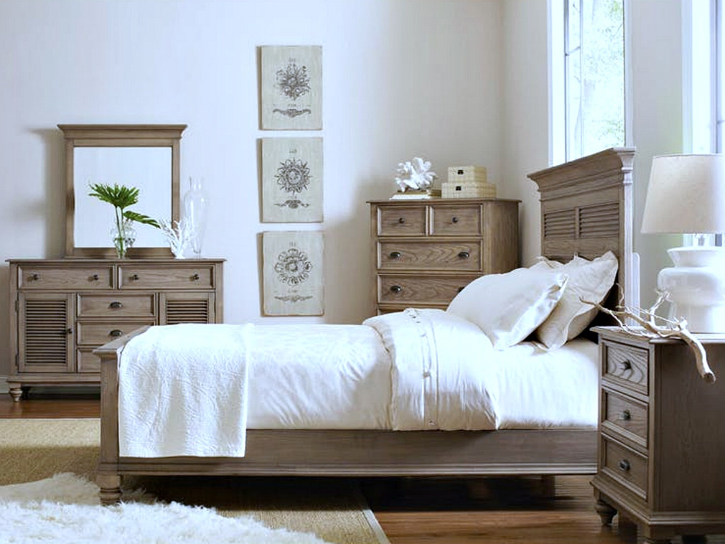 Nice Riverside Coventry Bedroom Collection, SEE MORE PIECES BELOW.