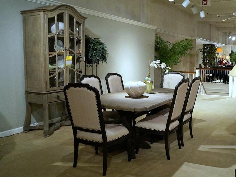 Hooker Furniture 8 pc. Corsica Dining Room Set