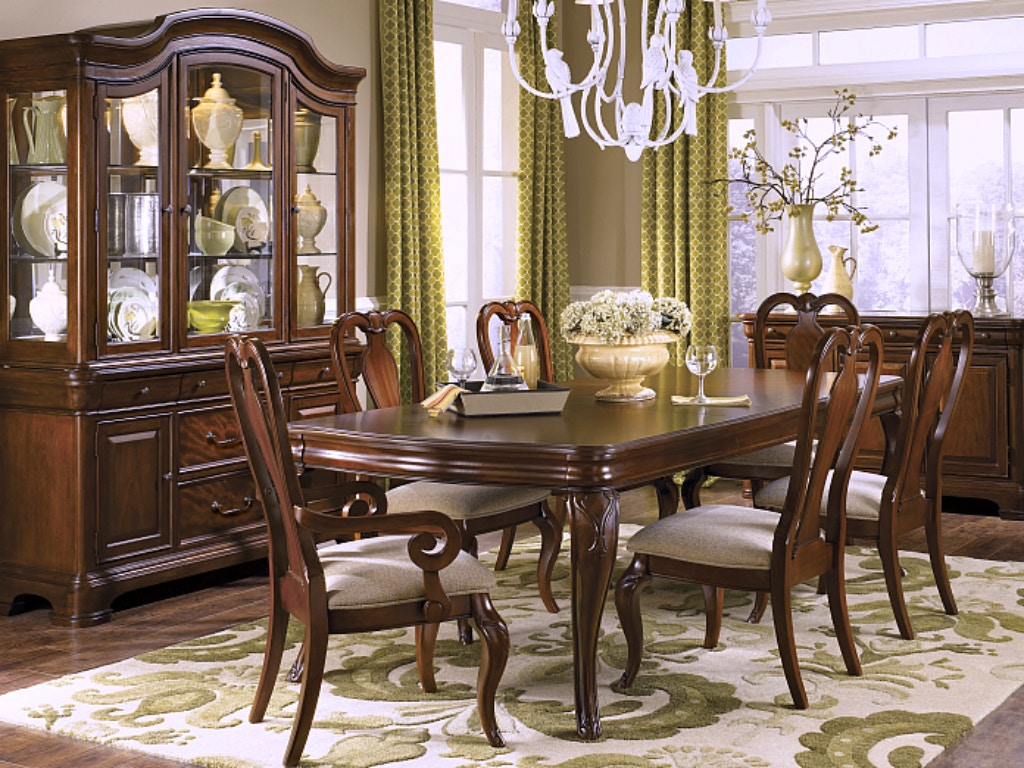 Evolution Dining Room Collection