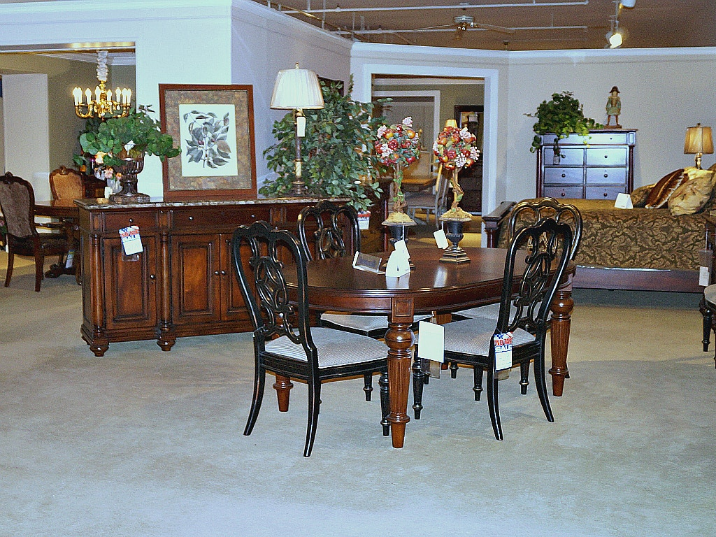 Dining Room Clearance 5 999 00 Plus Delivery Charge On Items Only Thomasville Fredericksburg 9