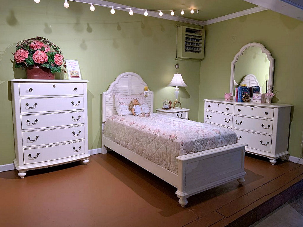 Legacy Classic Kids Inspirations 5 Pc Twin Size Bedroom Set