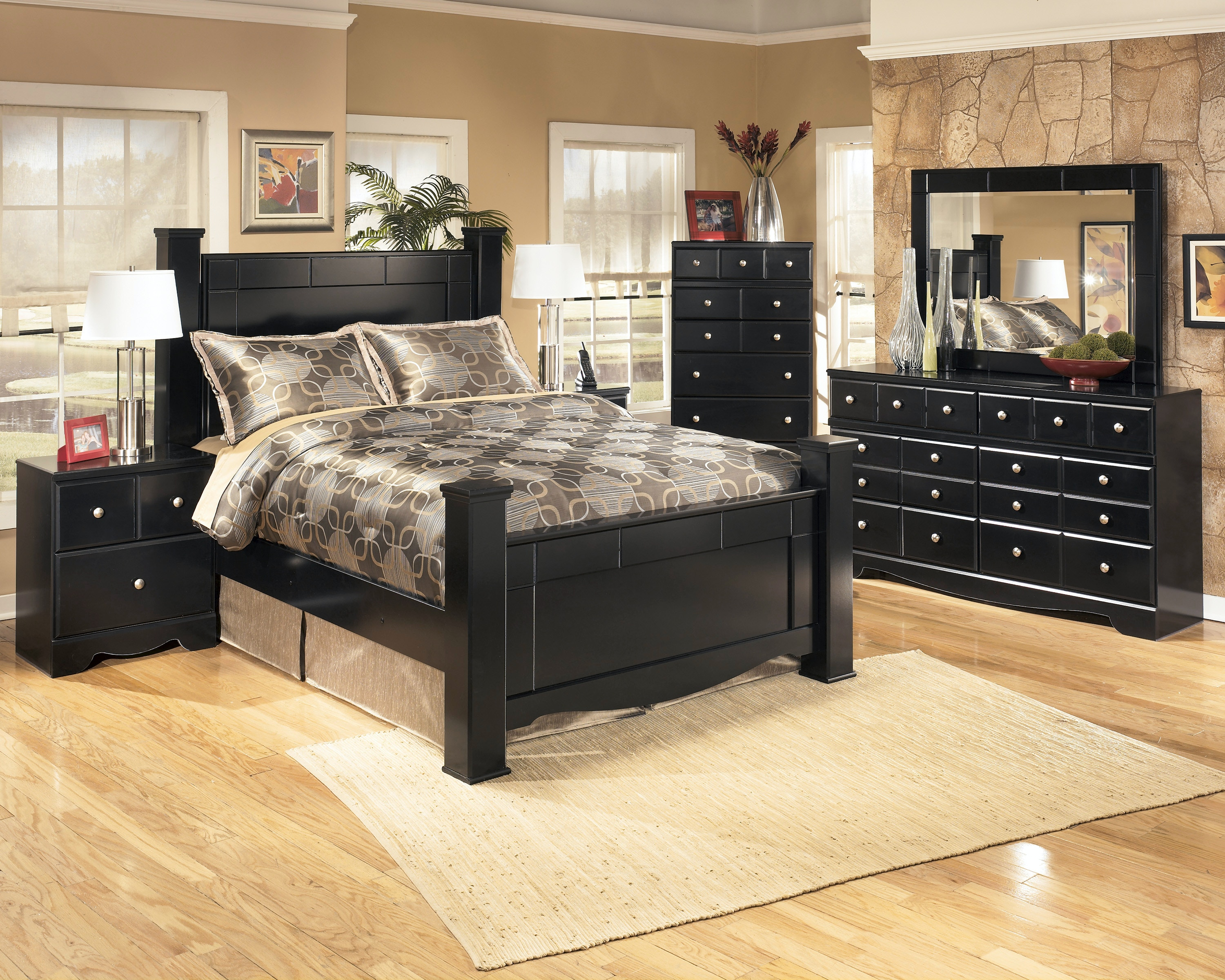 Signature Design By Ashley Shay 5pc Queen Bedroom Set