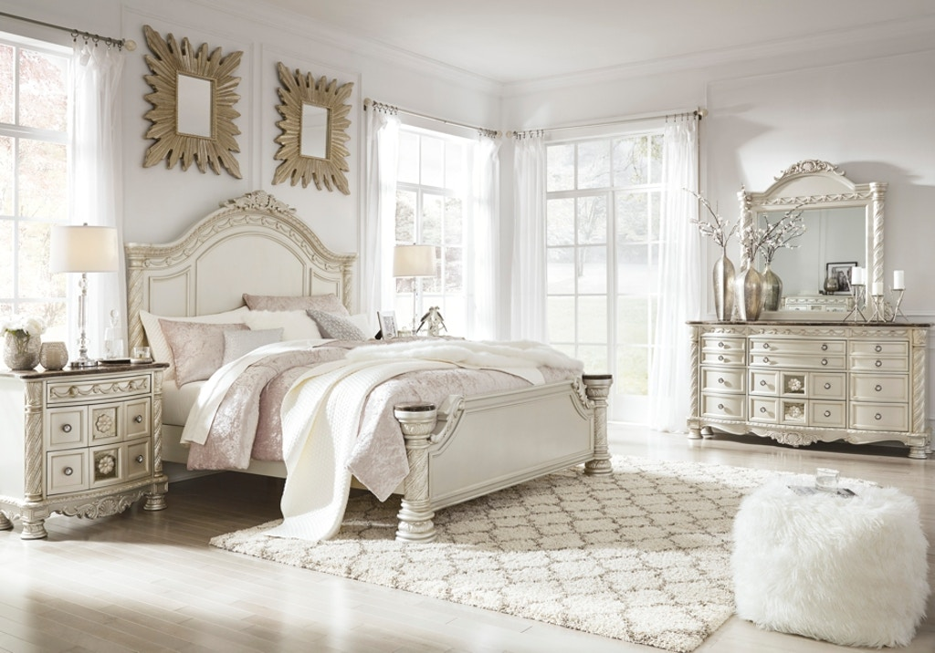 Signature Design by Ashley Cassimore 5pc Queen Panel Bedroom ...