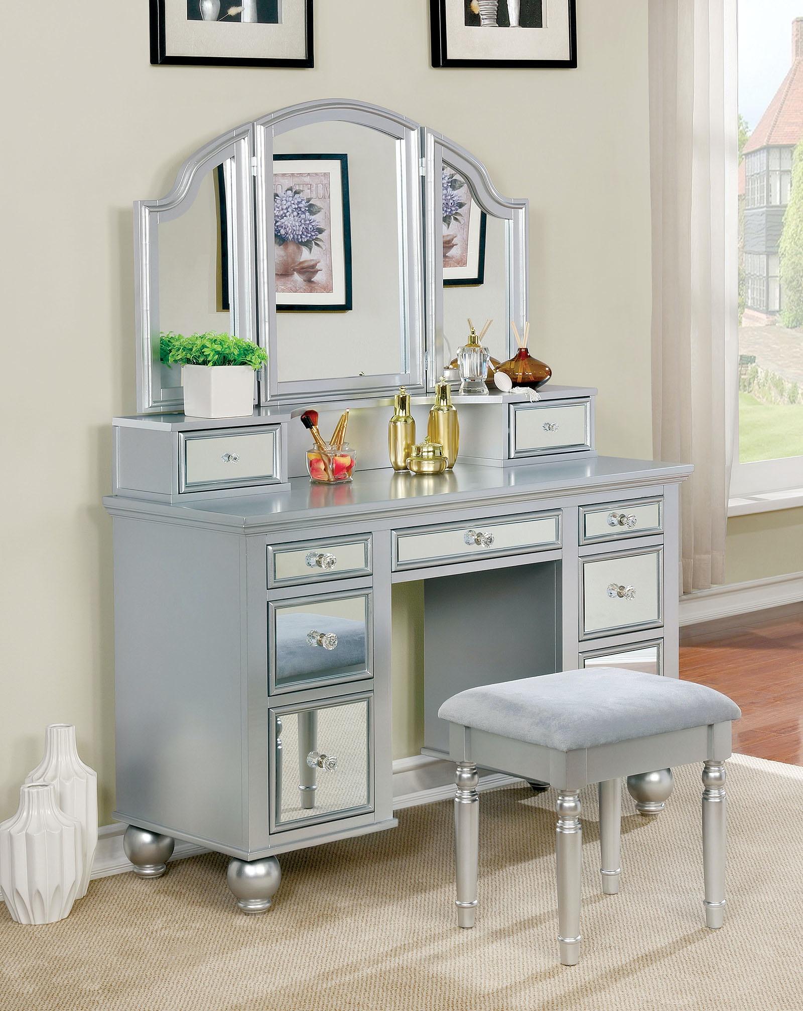 Superb Furniture Of America Vanity W/ Stool, Silver CM DK6162SV