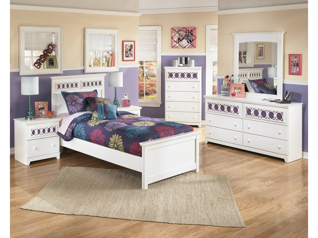 Signature Design By Ashley Zayley 5 Pc Twin Bedroom On Sale At Elgin Furniture Stores In Euclid