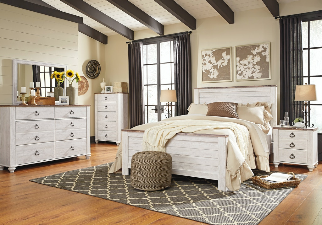 Signature Design by Ashley Willowton 5-PC Queen Bedroom Set on sale ...