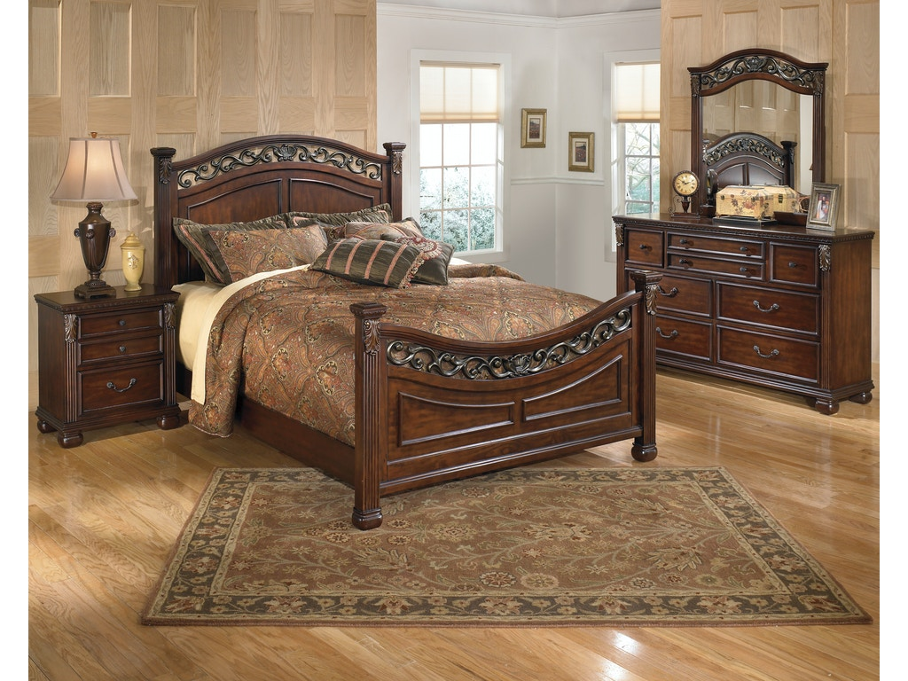 Signature Design By Ashley Leahlyn 5 Pc Queen Bedroom On Sale At Elgin Furniture Stores In