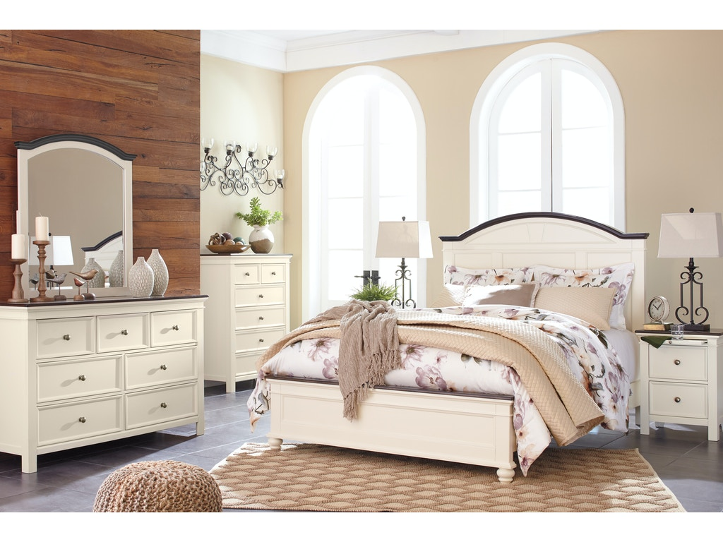 Signature Design By Ashley Woodanville 5 Pc Queen Bedroom On Sale At Elgin Furniture Stores In