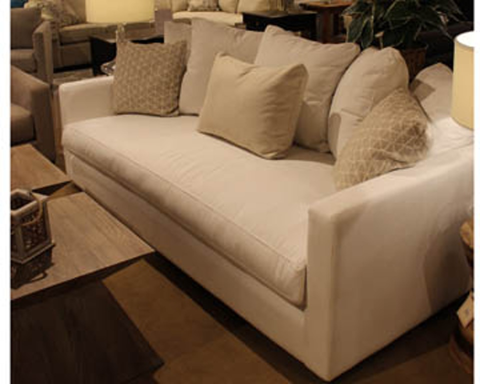 Clearance Sofa 011158