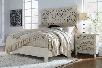 Ashley Bantori 4 Piece California King Bed Set B805 258 256 294