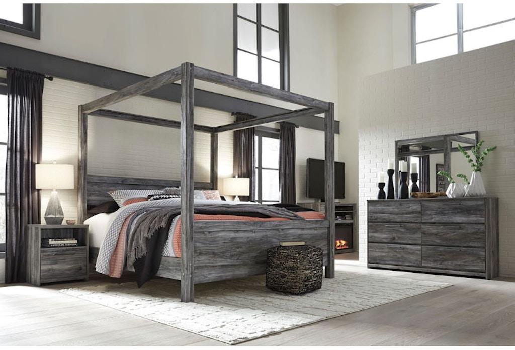 6 Piece King Canopy Bedroom Set