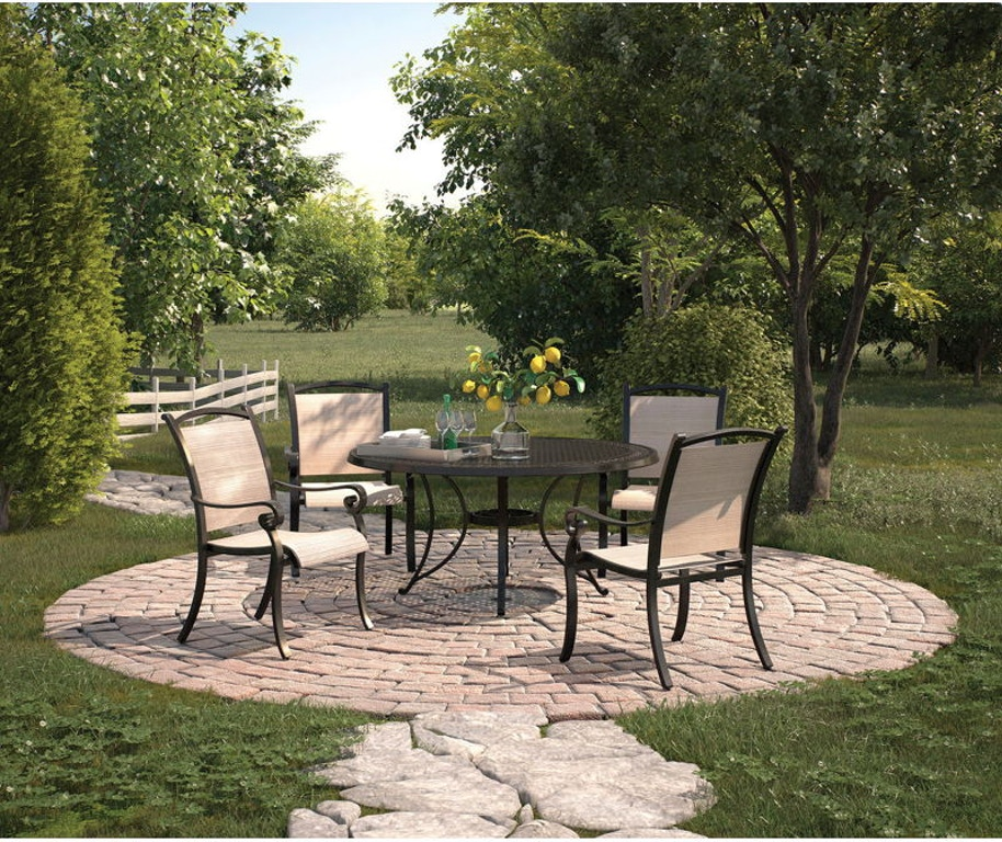 Burnella 5 Piece Outdoor Fire Pit Chat Set