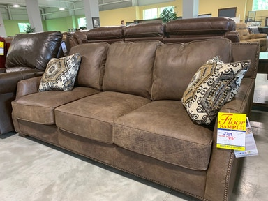 Living Room Sofas - Wendell\'s Furniture - Colchester, VT