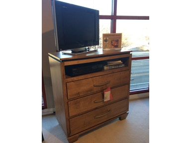 Living Room Chests and Dressers - Good\'s Furniture - Kewanee, IL