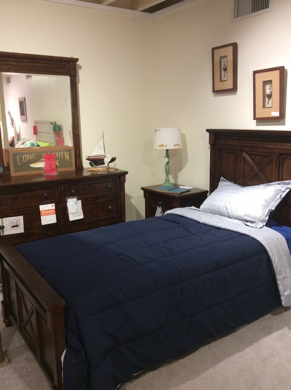 Legacy Youth 5pc Bedroom Set