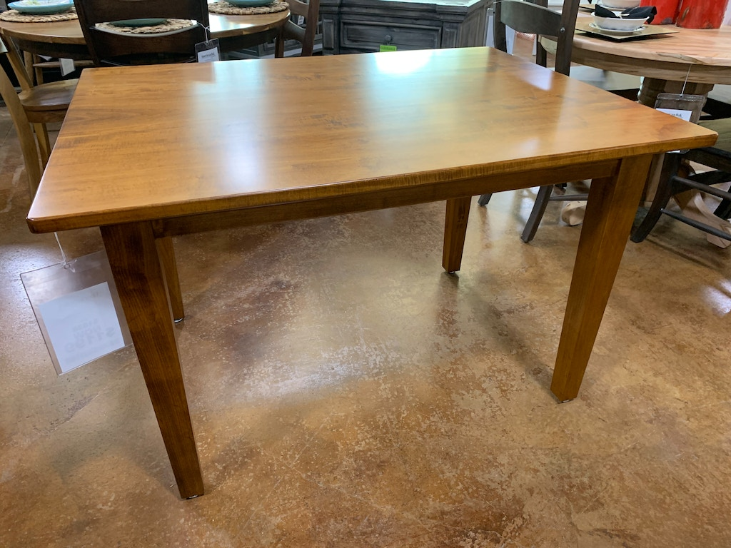 AMISH 36 X 48 Table