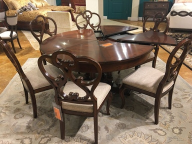 b3bb46364f10 Hickory Park Furniture Outlet Harbor Springs Round Extended Dining Table  and Chairs by Fine Furniture 1370