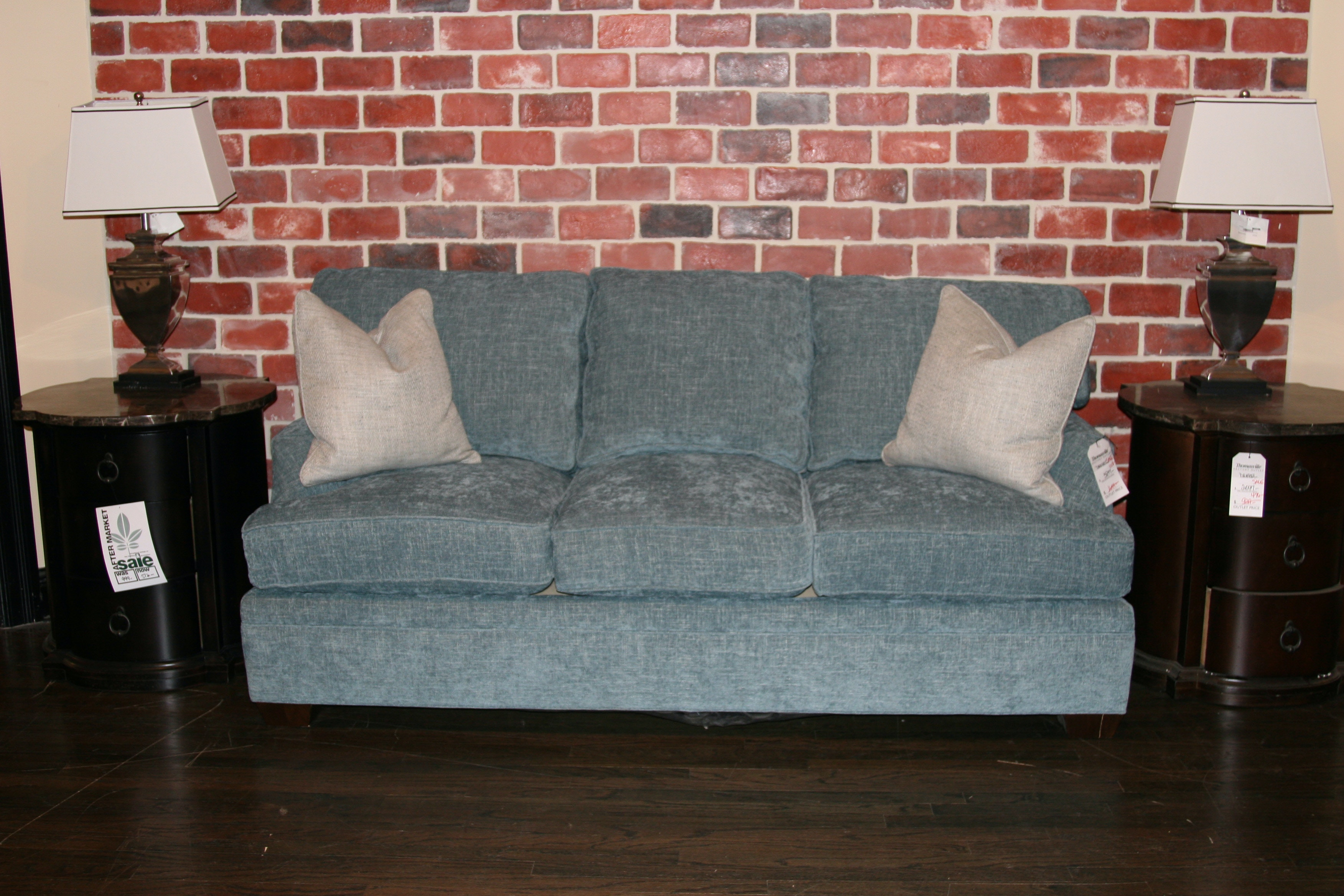 16101 D63 S. McDermott Sofa