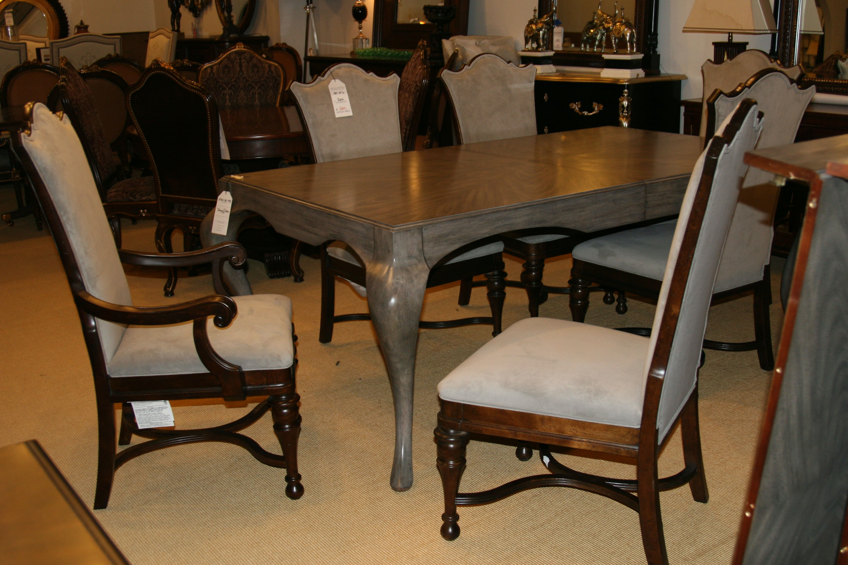 2300 20 435. Dining Table By Henredon Furniture