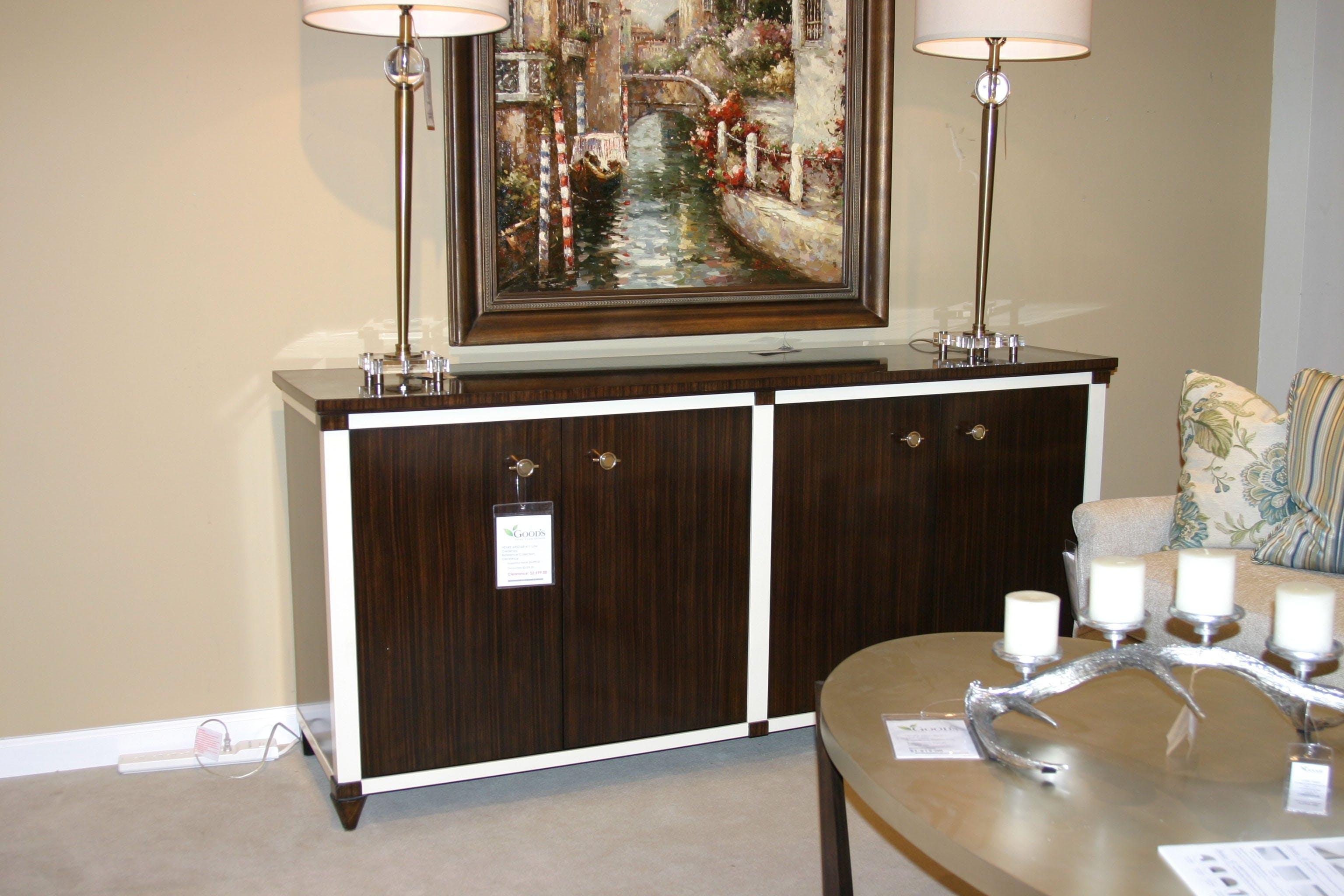 La Credenza Supplier : Dining room low credenza by henredon furniture