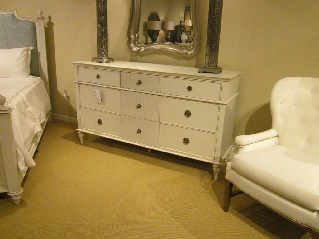 Bedroom Scandia Dresser By Thomasville Furniture Sku 84915 130 Clearance Is Available At Hickory Mart In Nc And Nationwide