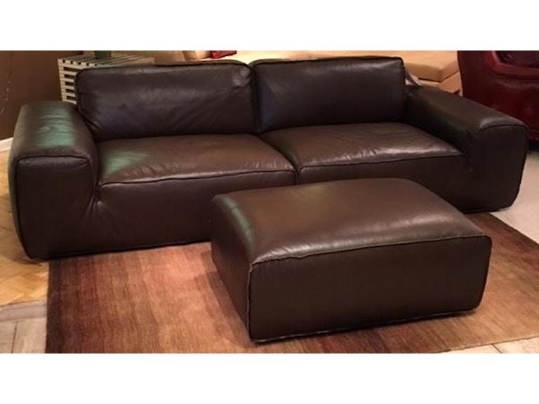 Leather And More Cau D Ax Sofa Ottoman Avenue S