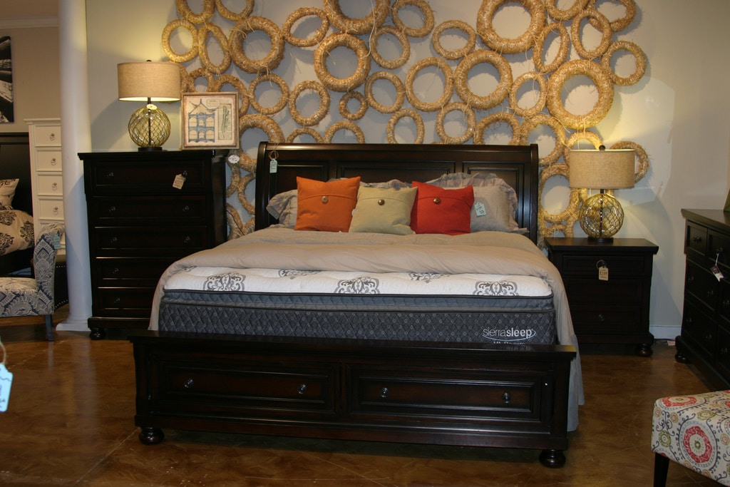 Simply Home By Lindy S Furniture Bedroom Set By Home Elegance 2159
