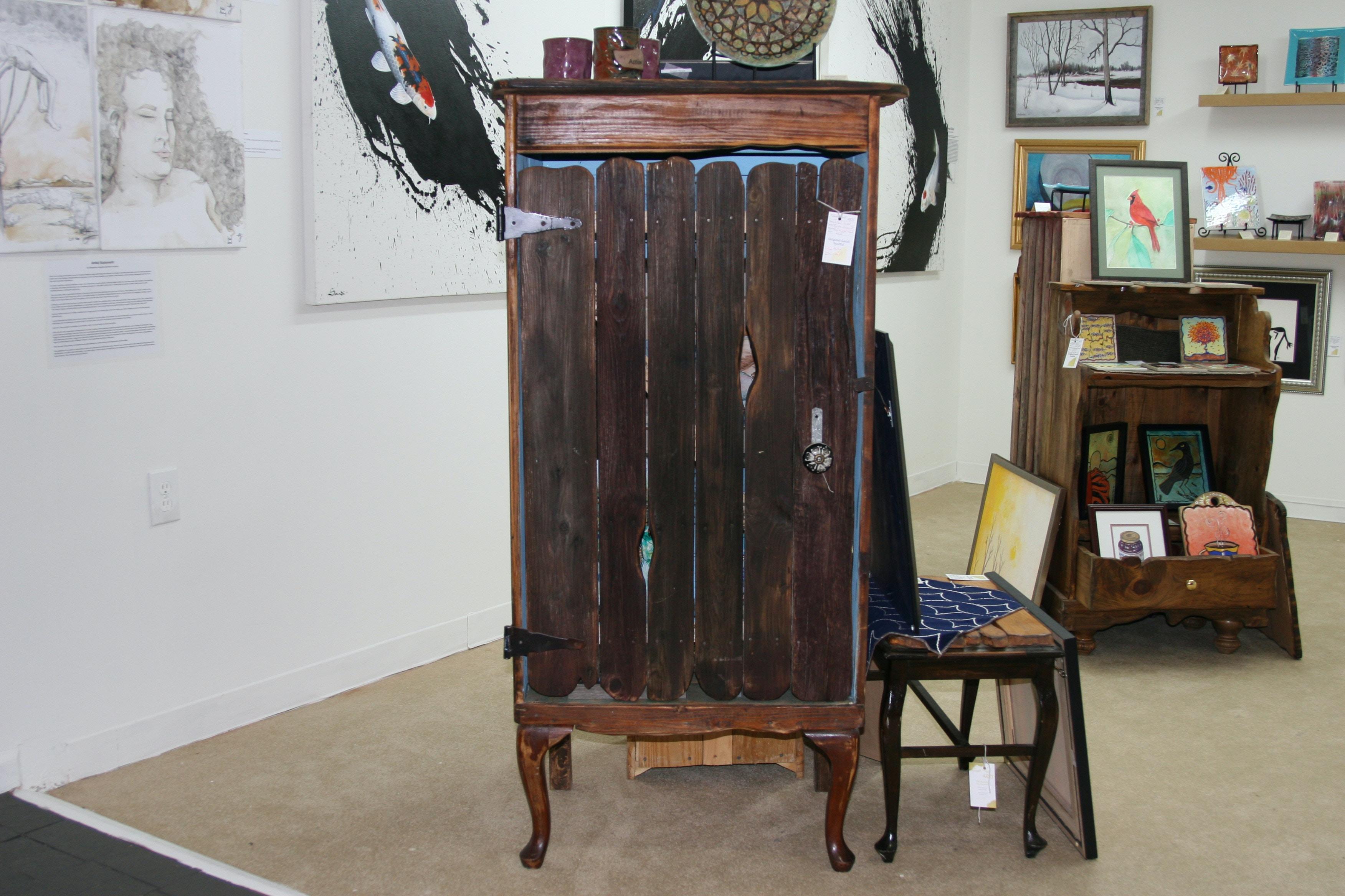 Taste Full Arts Gallery Made From A Barn Door Closet Wood